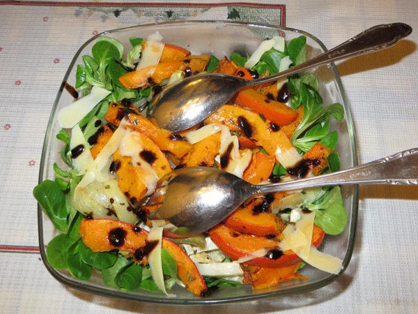 Een salade van geroosterde groente