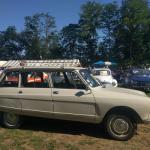 Citroen AMI 8 break tijdens een auto show